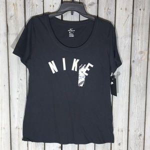 NWT Nike Tee